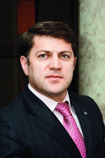 Гаджикурбанов